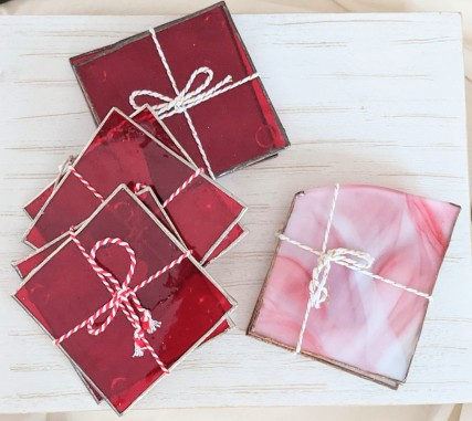 // red and pink coaster sets